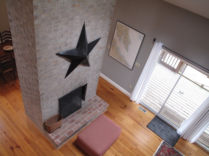 Living from above, fireplace